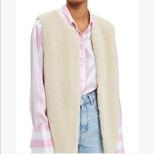 Topshop Faux Shearling Gilet 4US (fits like 0-2)